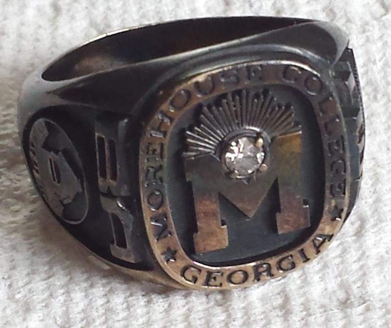 Professional opinions please on Class ring Friendly Metal